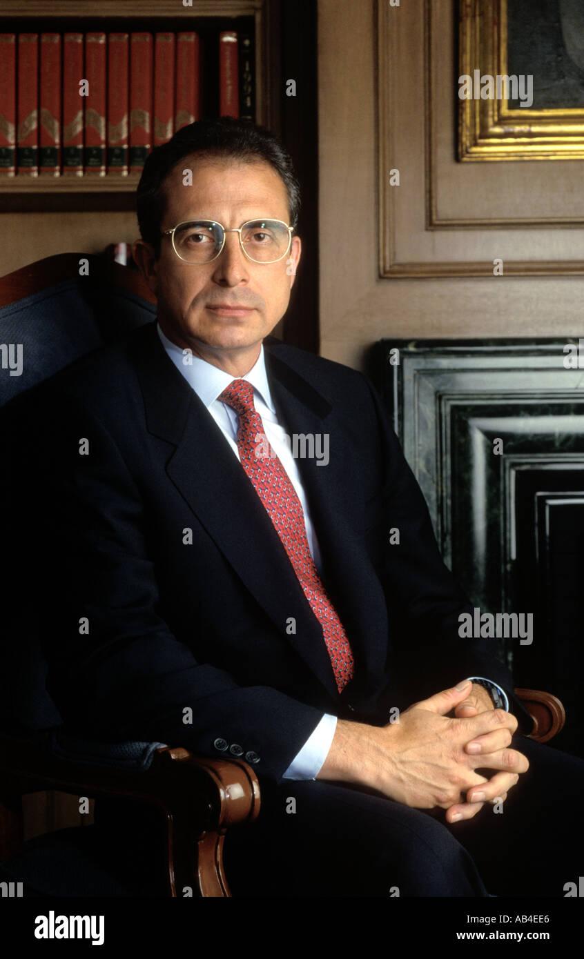 Ernesto Zedillo Ex Presidente De México Se Muestra En La Residencia