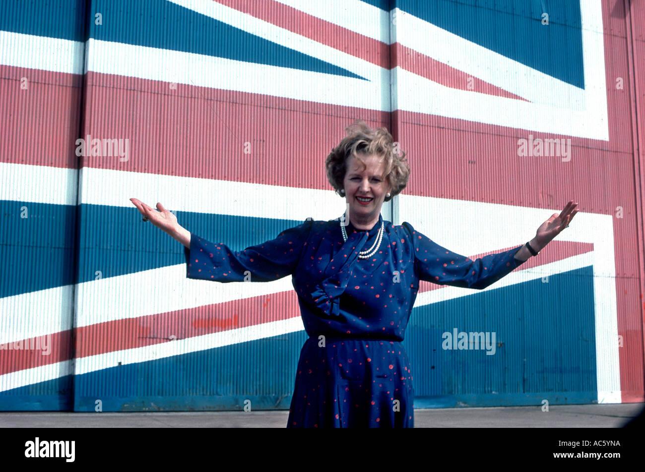 Margaret Thatcher en su campaña electoral, 1983 Foto de stock