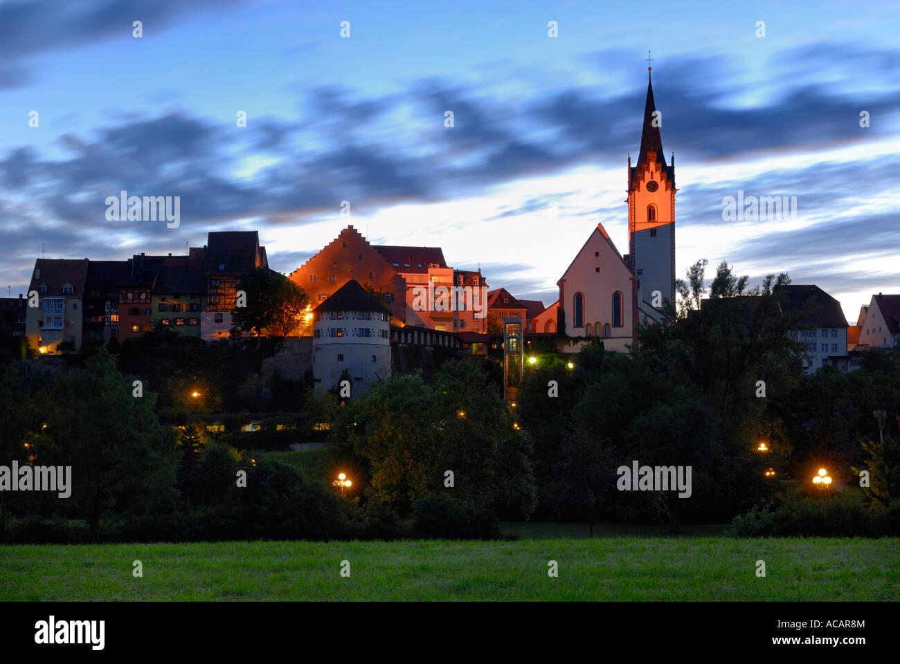 Silueta de la vieja ciudad de Engen, Baden Wuerttemberg, Alemania, Europa. Foto de stock