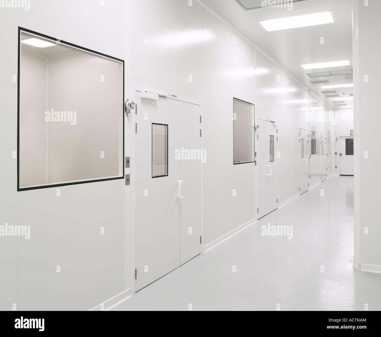 Biotecnología Farmacéutica estéril y limpia habitación Pasillo, Filadelfia, EE.UU. Imagen De Stock