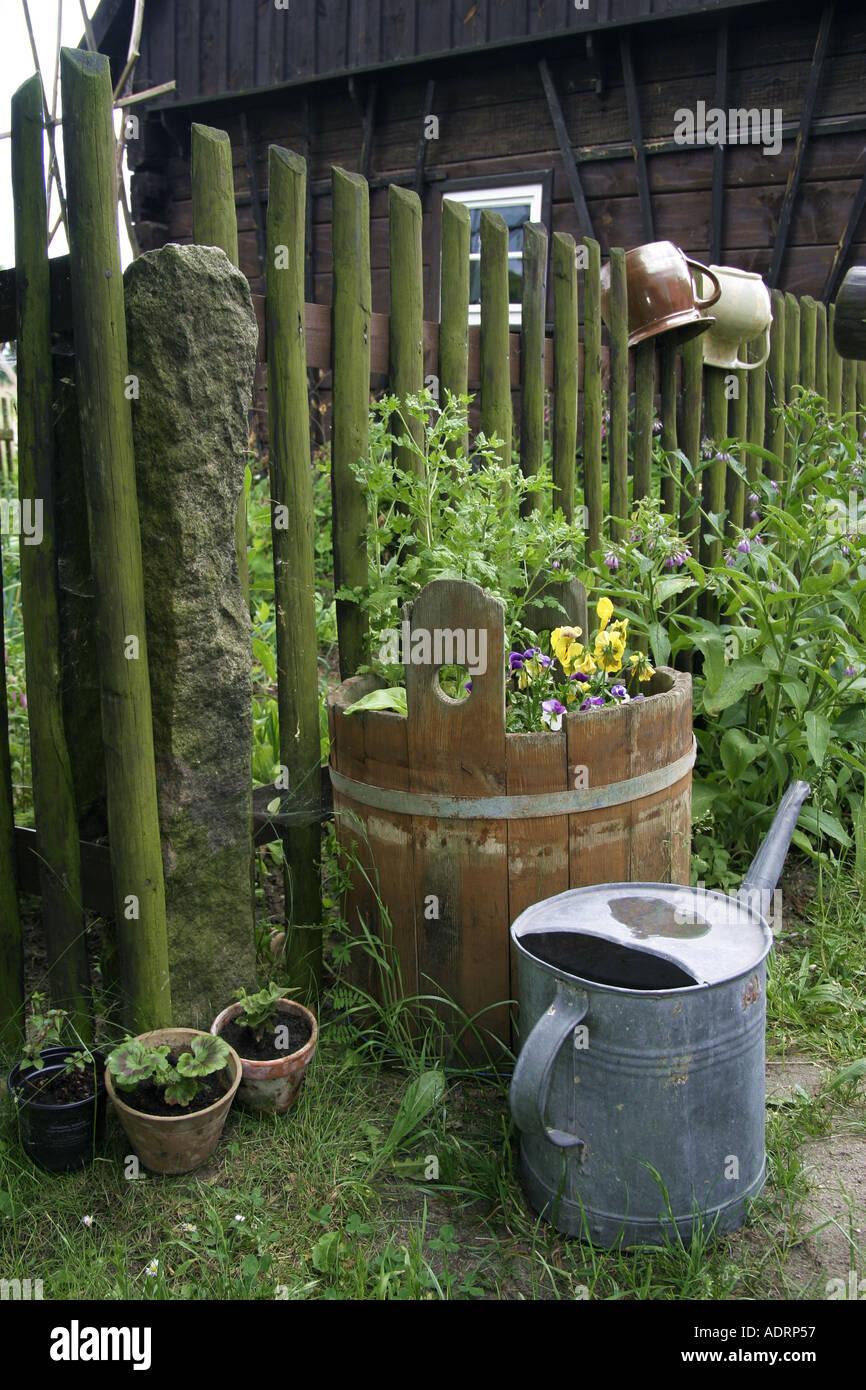 Todavía la vida en el jardín Imagen De Stock