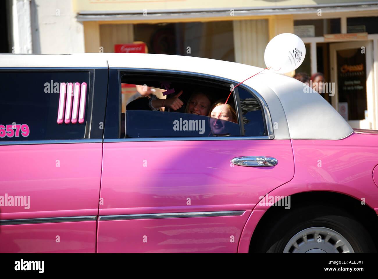 Pink Limousine Imágenes De Stock & Pink Limousine Fotos De Stock - Alamy