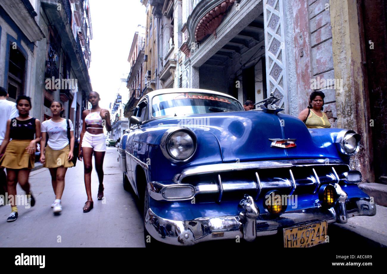 Los coches de La Habana Vieja Habana Transporte temporizador Taxi Transporte Público americana clásica de coches antiguos Foto de stock