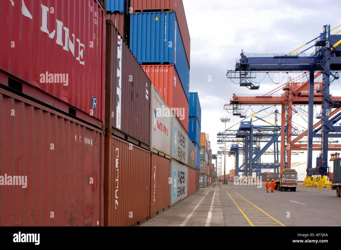 En la terminal de contenedores del puerto de Chennai Tamil Nadu Imagen De Stock