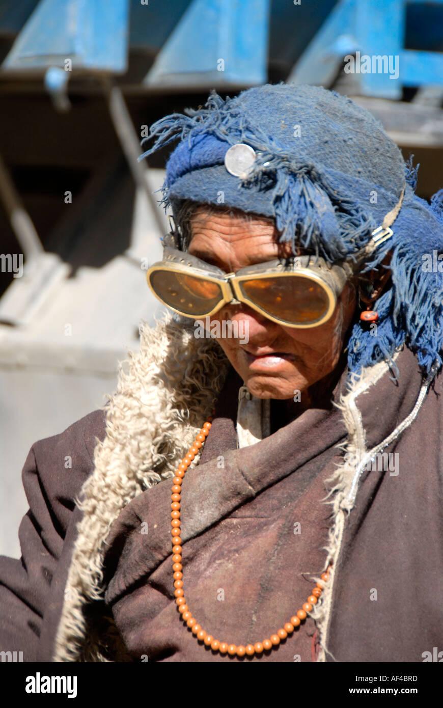 Mujeres Inusual E Inconveniente Tibetano Gafas Lleva Paños Peregrino lc3KTF1J