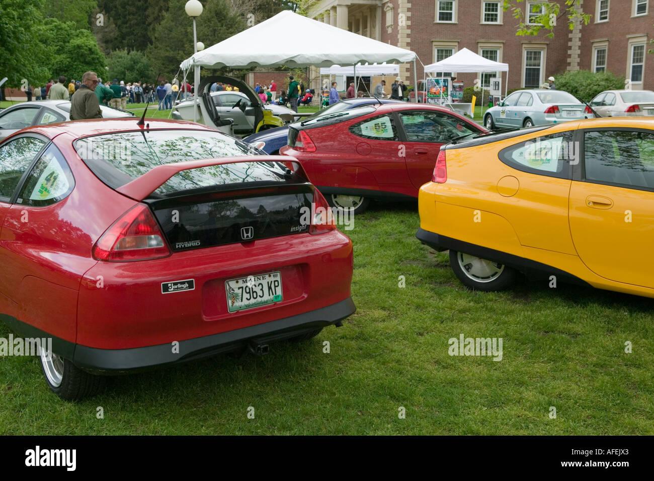 Los coches híbridos en tour de Sol Saratoga Springs New York Imagen De Stock