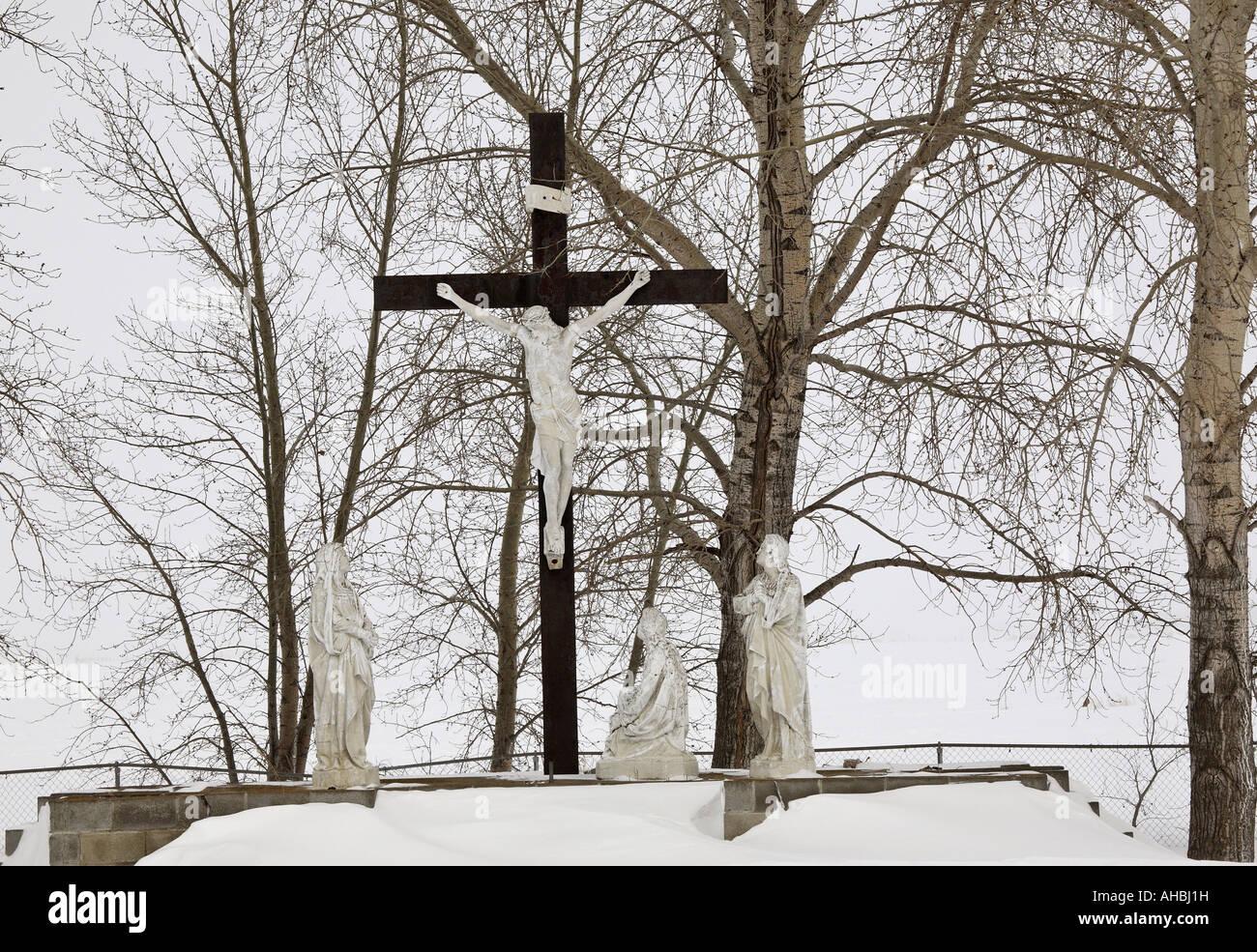 Painet JL7211 Invierno 5 la cruz de Cristo Jesús país cementerio cementerio Saskatchewan Canadá escena rural paisaje pintoresco Foto de stock