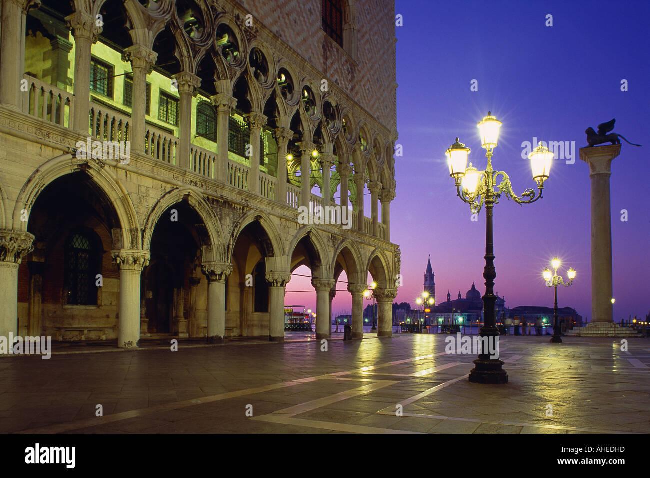 Piazza San Marco en la madrugada San Giorgio Venecia Italia Imagen De Stock