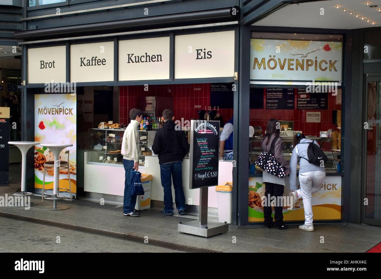 Alcohol Berlin Fotos e Imágenes de stock - Alamy
