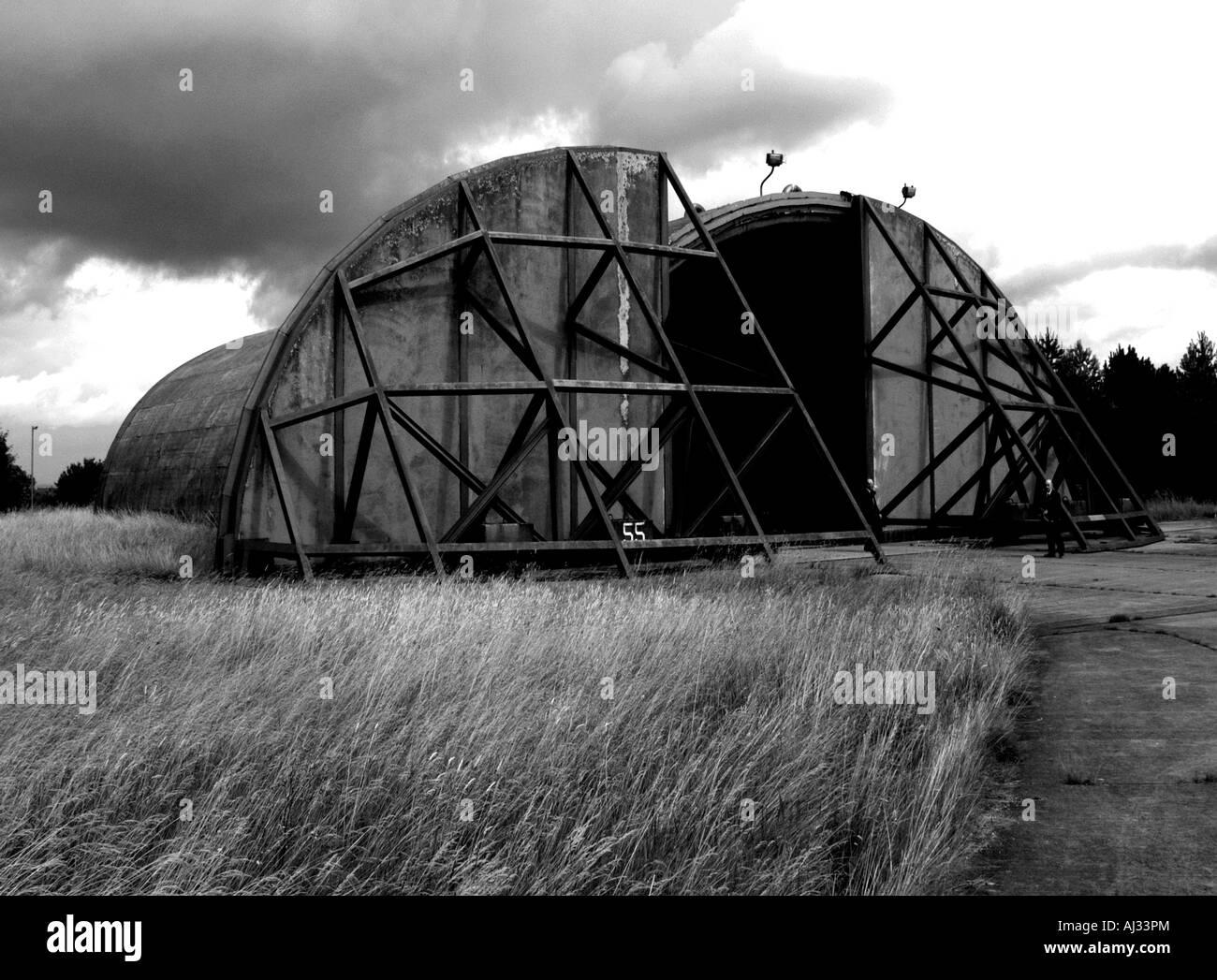 Prueba de bombas suspensión del avión desde el período de la guerra fría. Imagen De Stock