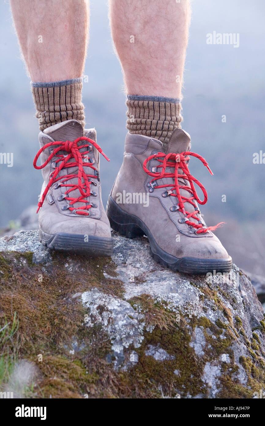 Botas de trekking del hombre en California Imagen De Stock