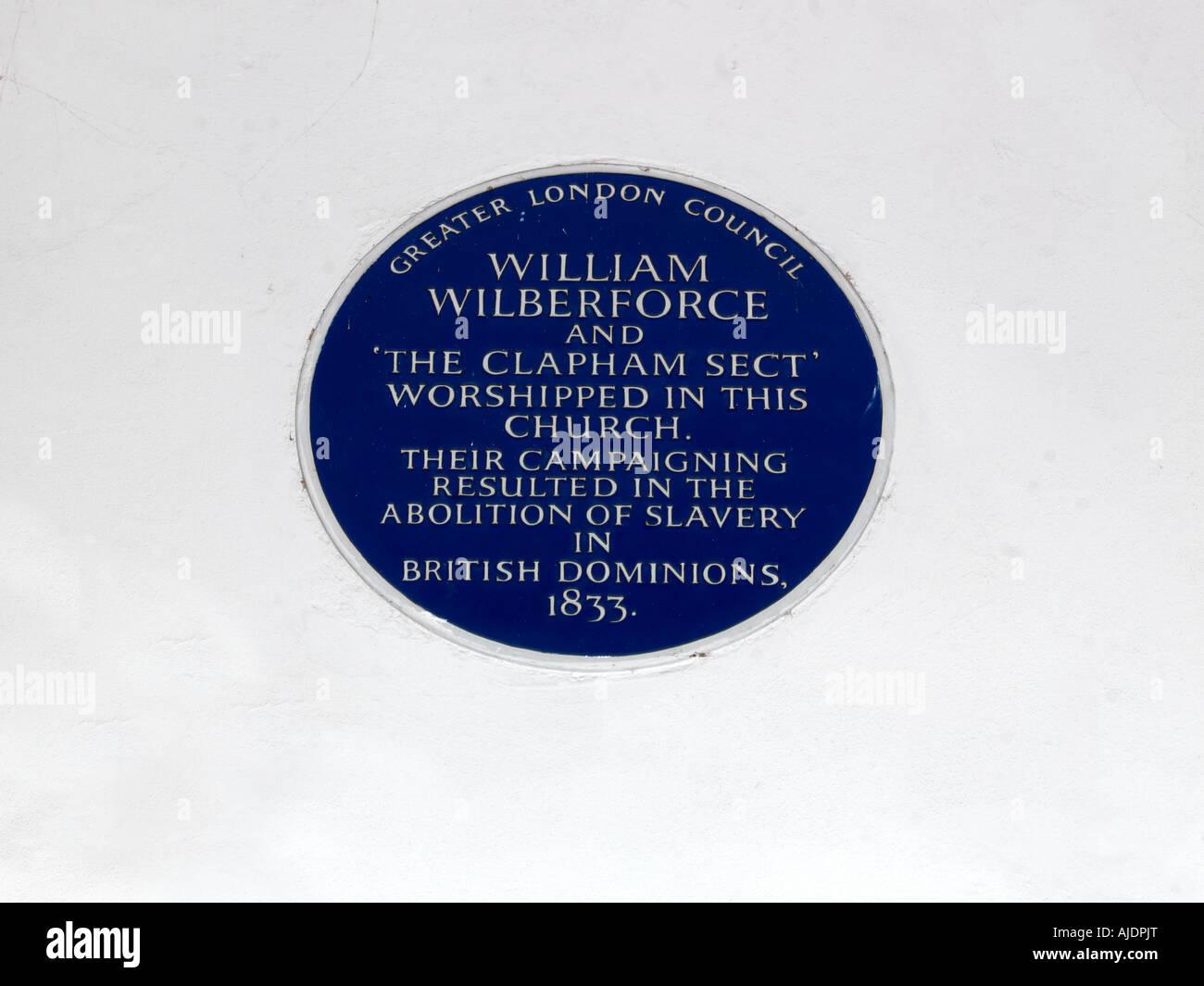 Placa que conmemora el fin de la esclavitud la iglesia Holy Trinity de Londres, Inglaterra Foto de stock