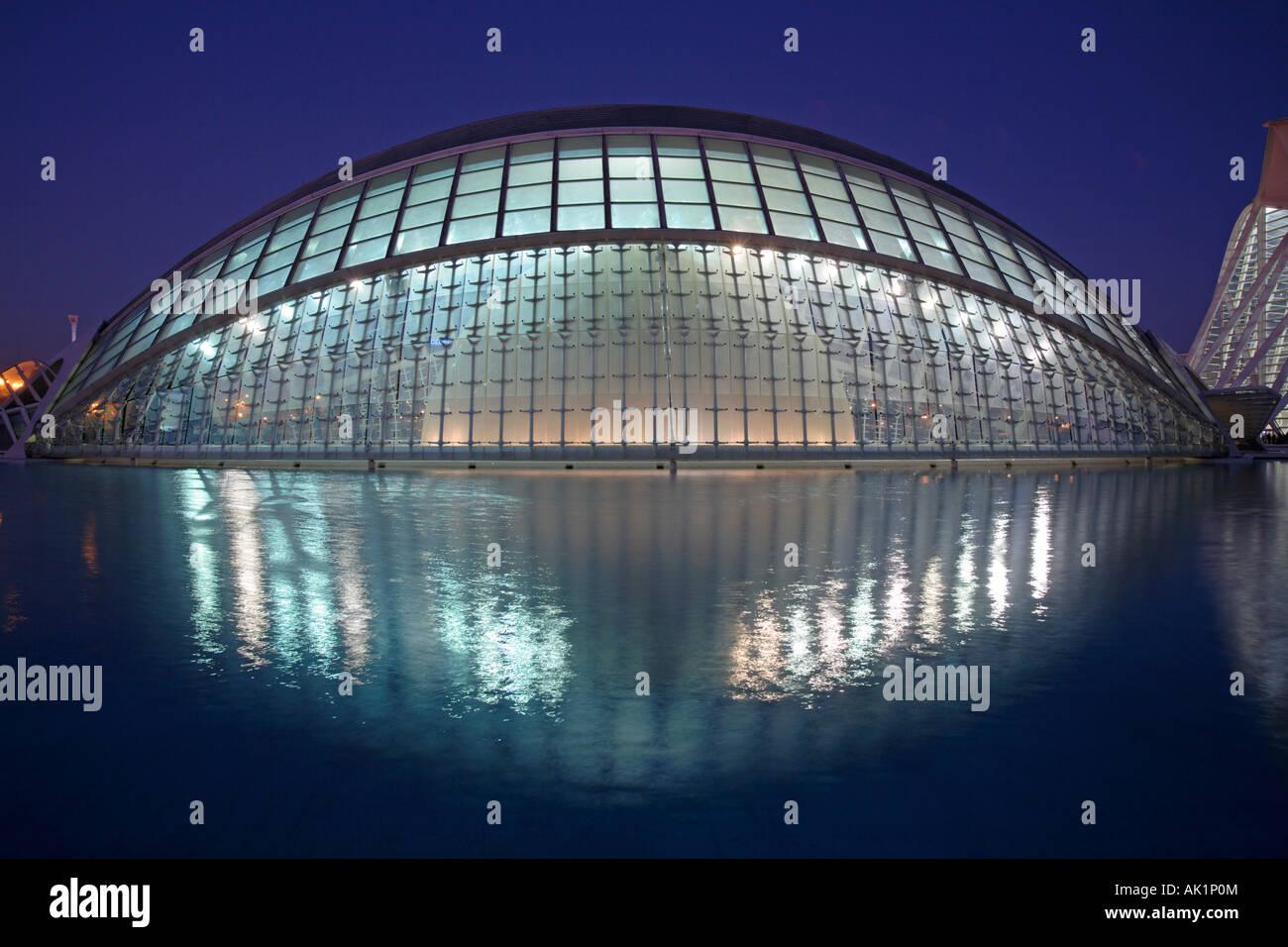El hemisférico, la ciudad de Las Artes y las Ciencias, Valencia, España Foto de stock