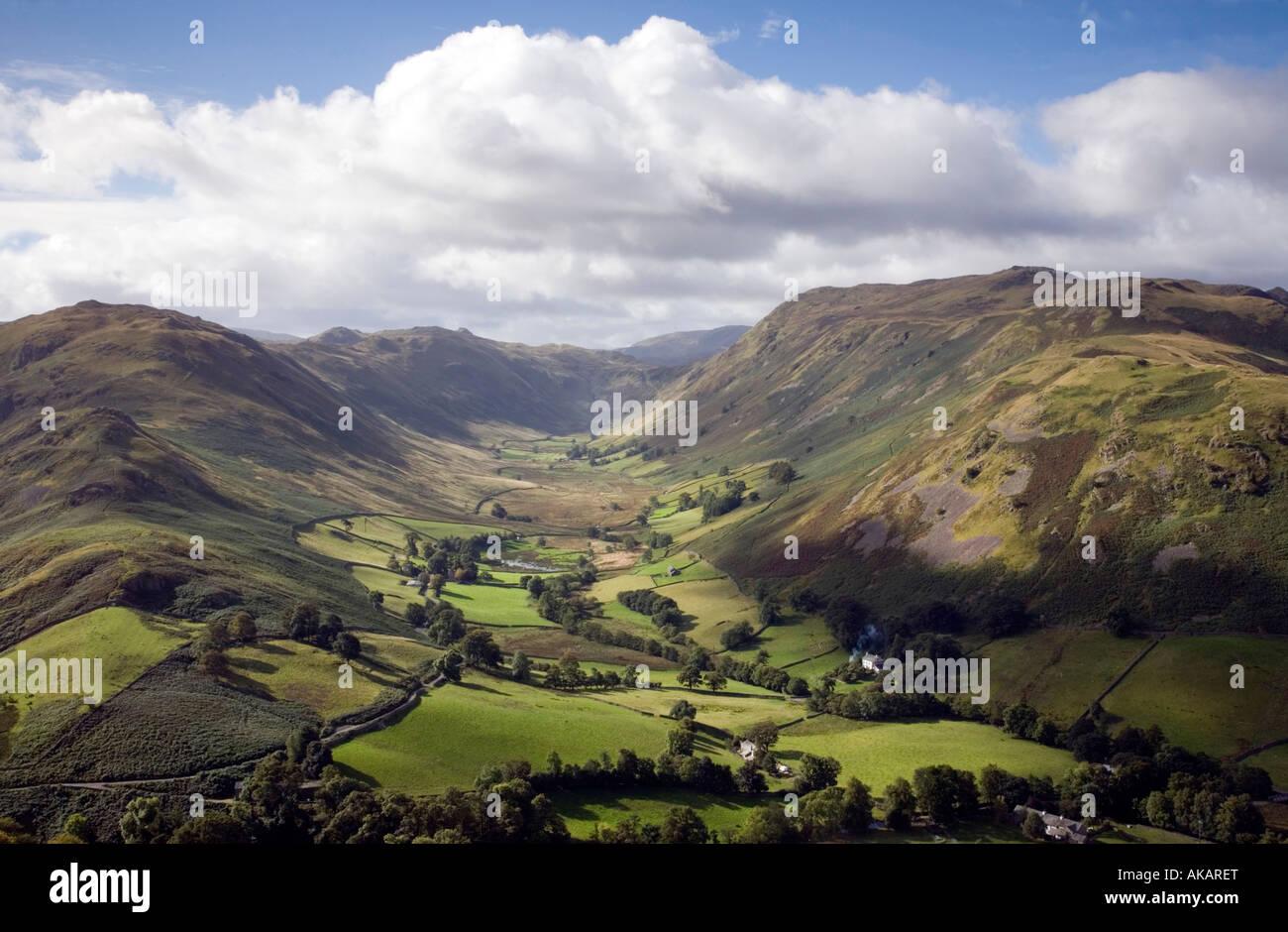 Vew de Boardale desde Hallin Fells laderas meridionales Lake District National Park Cumbria Foto de stock
