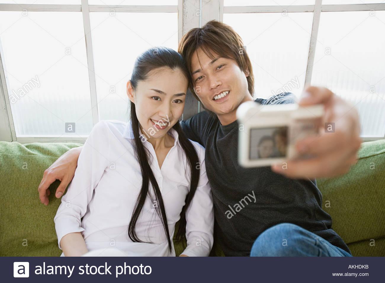 Par tomar una foto de sí mismos Imagen De Stock