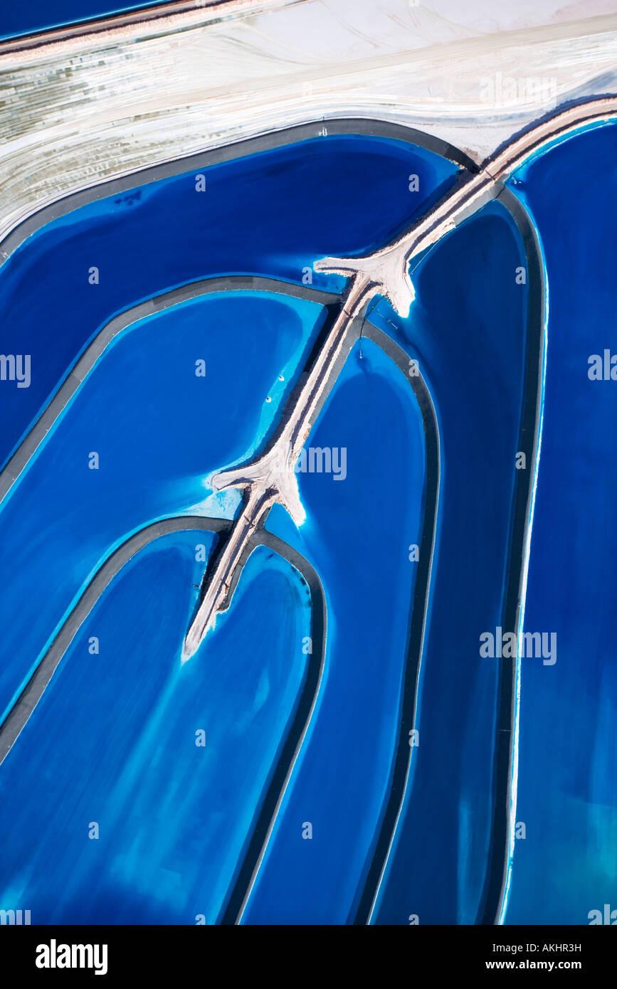 Vista aérea de balsas de residuos minerales en Utah, EE.UU. Imagen De Stock