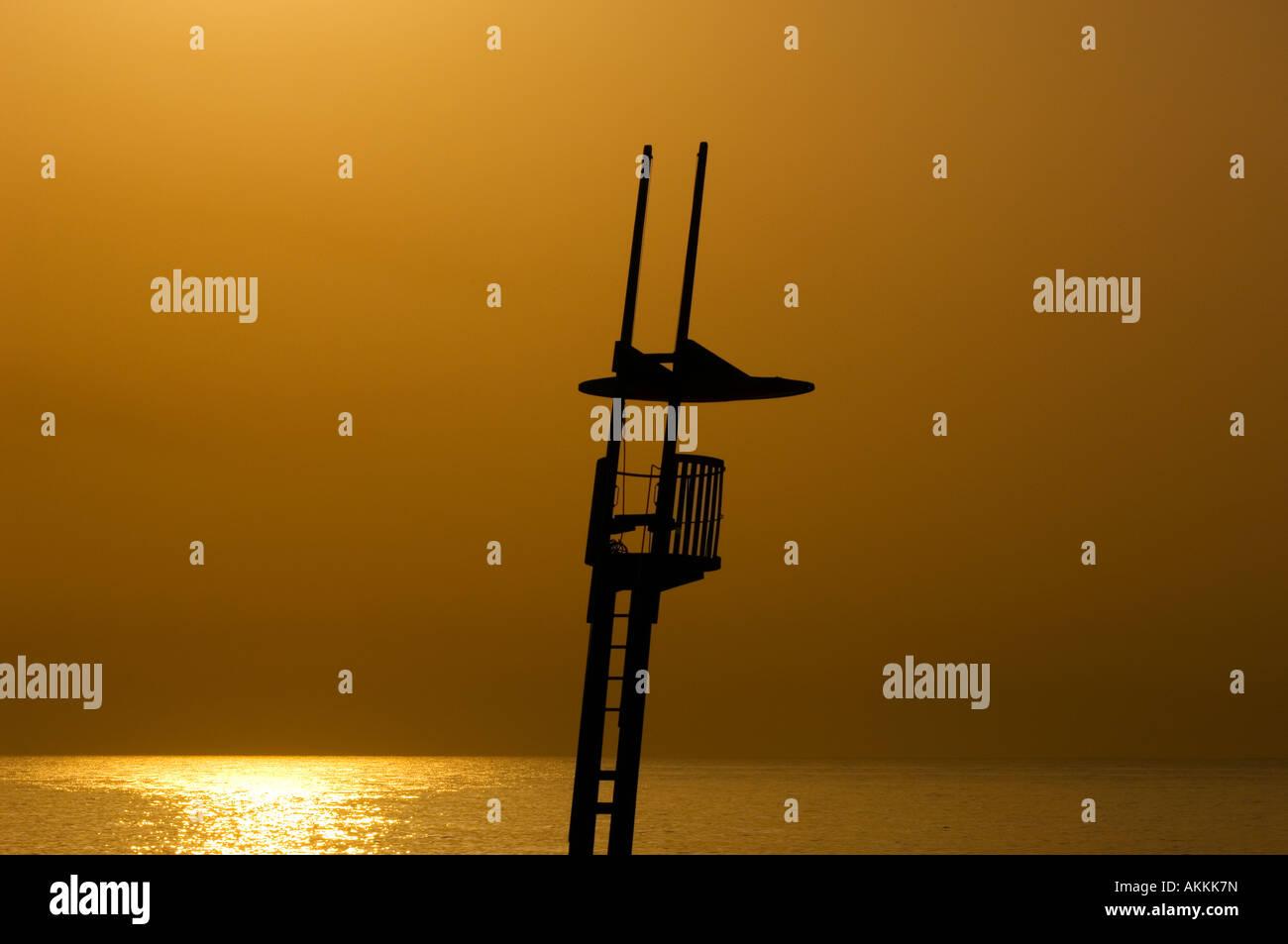 Estilo modernista socorrista playa Torre Sant Sebastia Barcelona Cataluña España Foto de stock