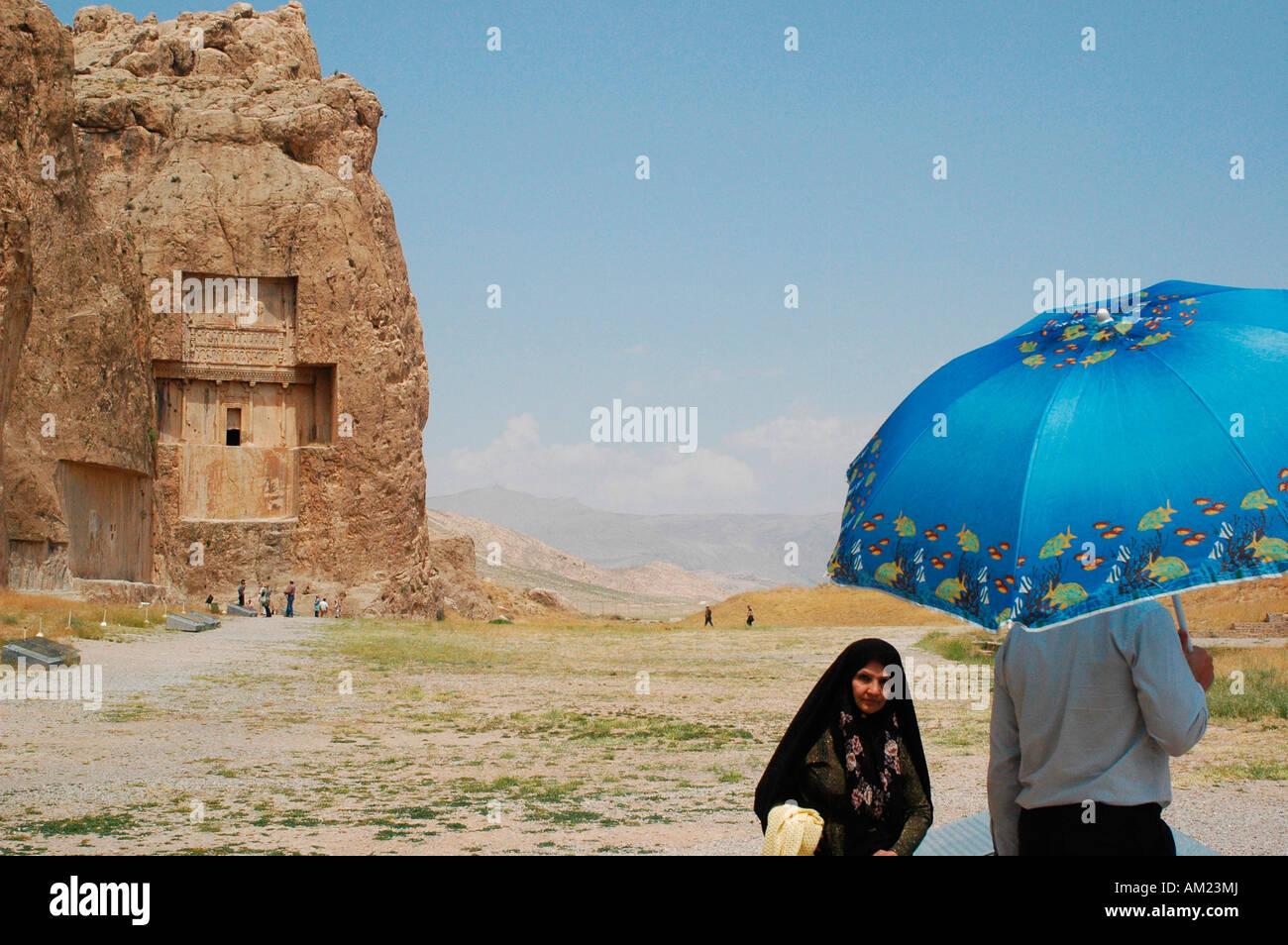 Darío II de Persia tumba en Naqsh e Rustam IRÁN Foto de stock