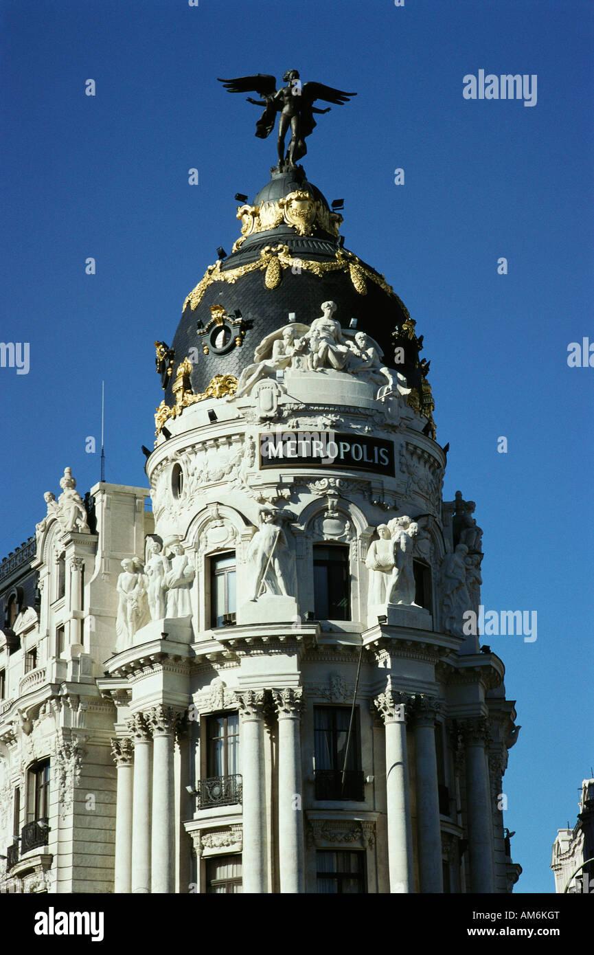 Madrid España edificio Metropolis en la Gran Via Imagen De Stock