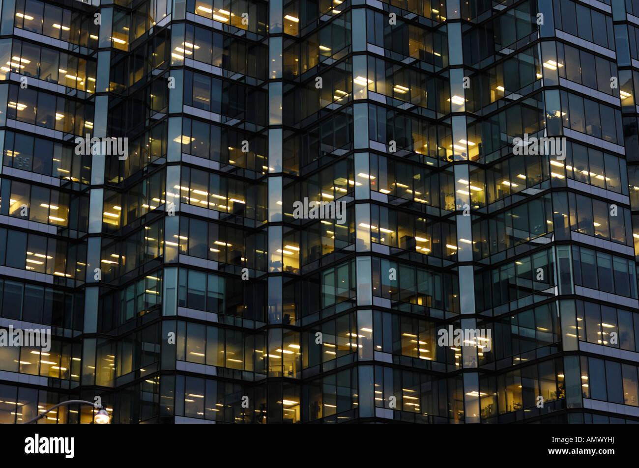 Moderno edificio de vidrio y metal textura de fondo abstracto de pared Imagen De Stock