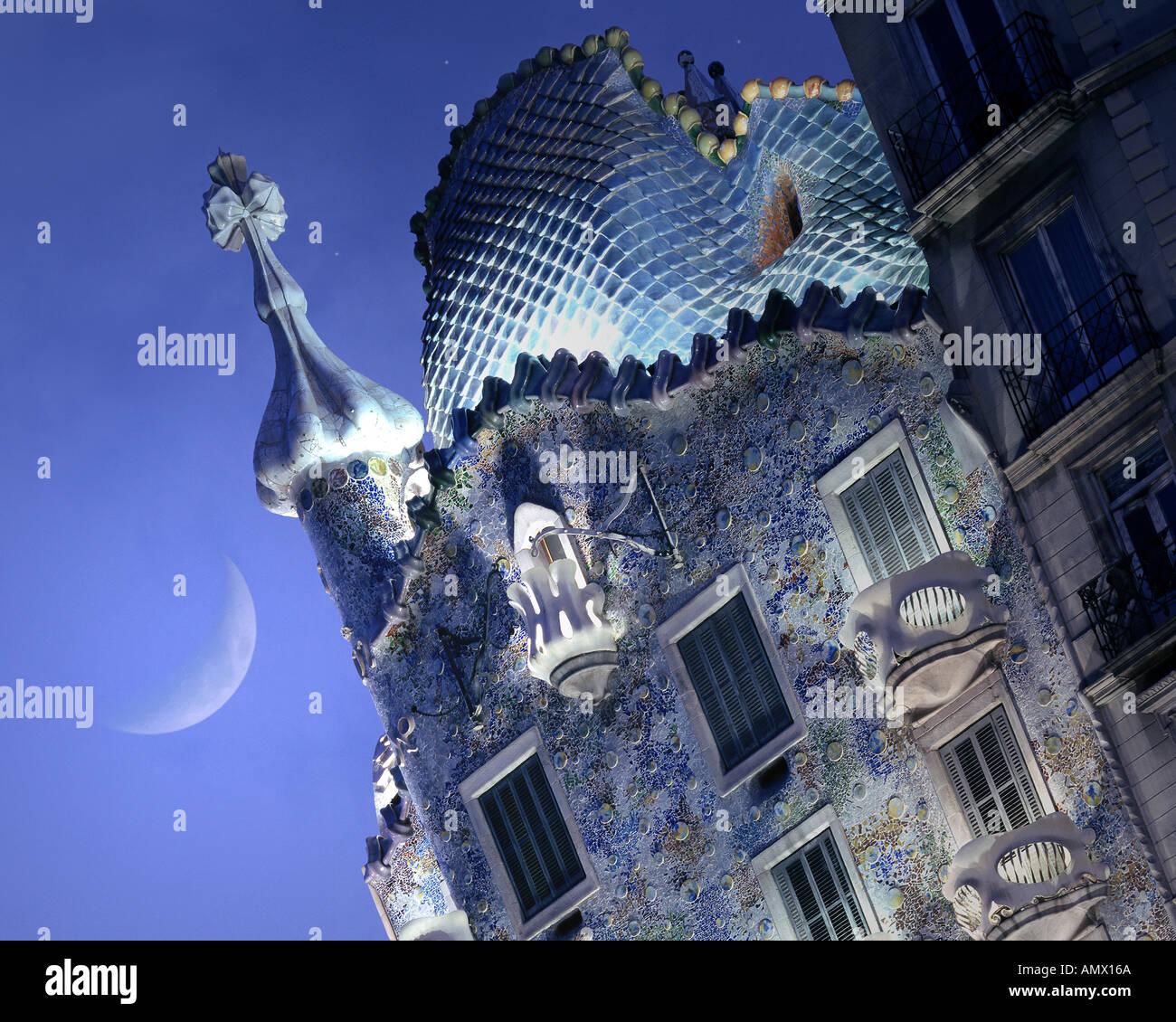 ES - Cataluña: la Casa Batlló de Antoni Gaudí en Barcelona Imagen De Stock