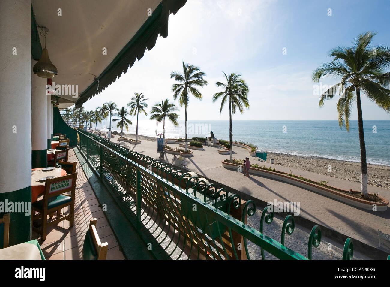 Vista Desde La Terraza Del Restaurante Frente Al Mar El