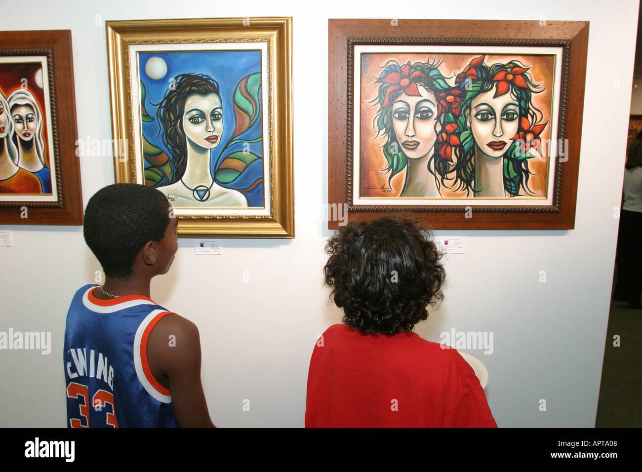 Miami Beach, Florida, cuarta planta galería de pinturas de ...
