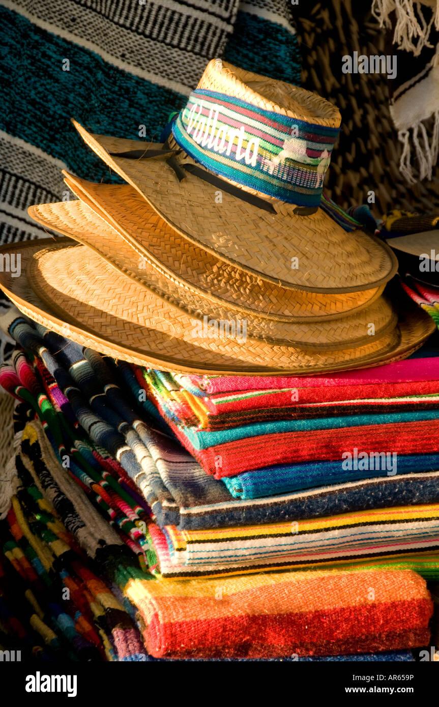 Sombreros Puerto Vallarta Imágenes De Stock   Sombreros Puerto ... 8672ddf7670