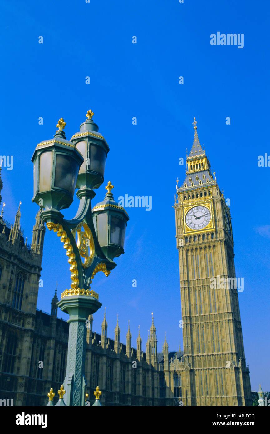 El Big Ben, las Casas del Parlamento, en Westminster, Londres, Inglaterra, Reino Unido. Foto de stock