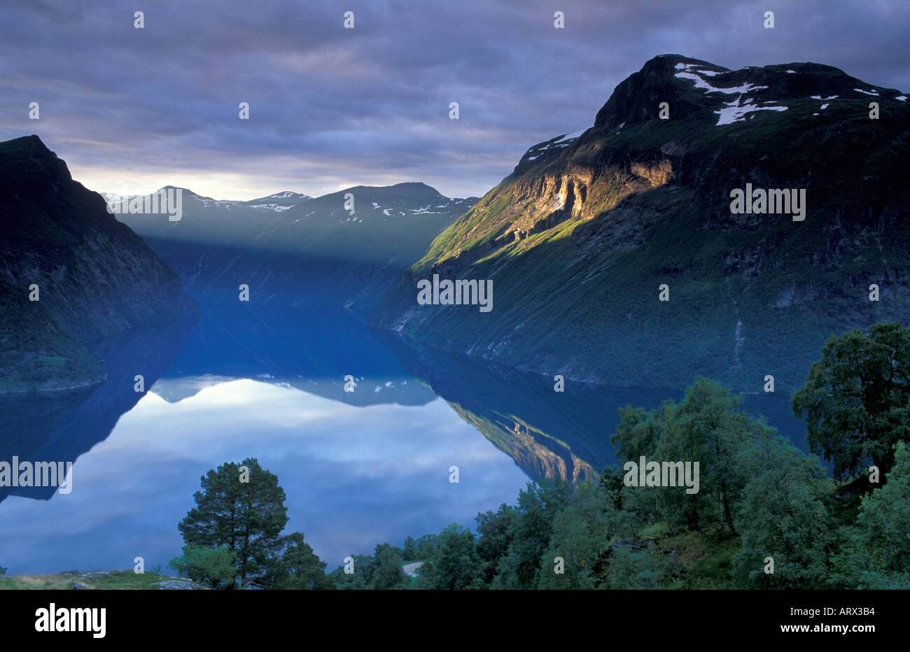 Fiordo Gerainger Noruega Foto de stock