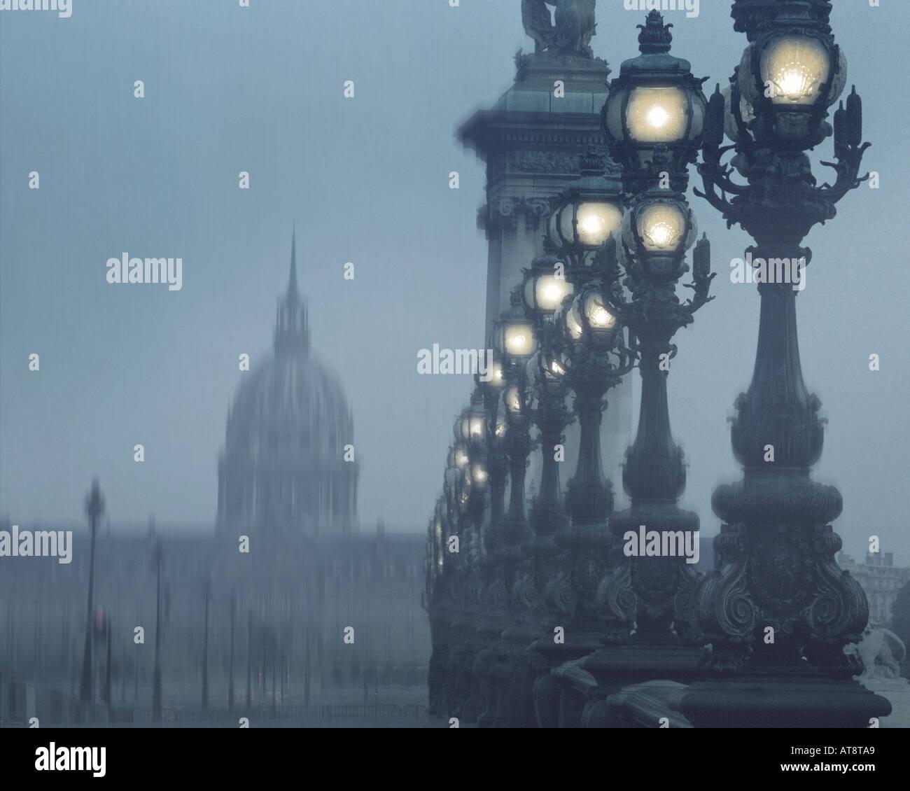 FR - PARIS: Puente Alexandre III Imagen De Stock