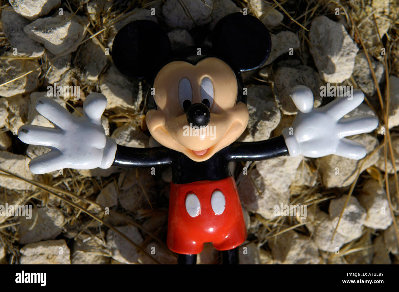 Mickey Mouse Muneco De Goma De Juguete Walt Disney Americana Piso