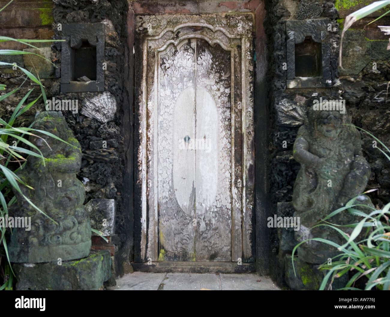 Entrada en un templo de familia Sanur Bali Indonesia Imagen De Stock