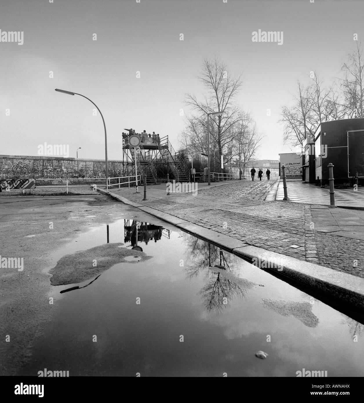 El muro de Berlín en la plaza Potsdam, 1988, Berlín, Alemania Imagen De Stock