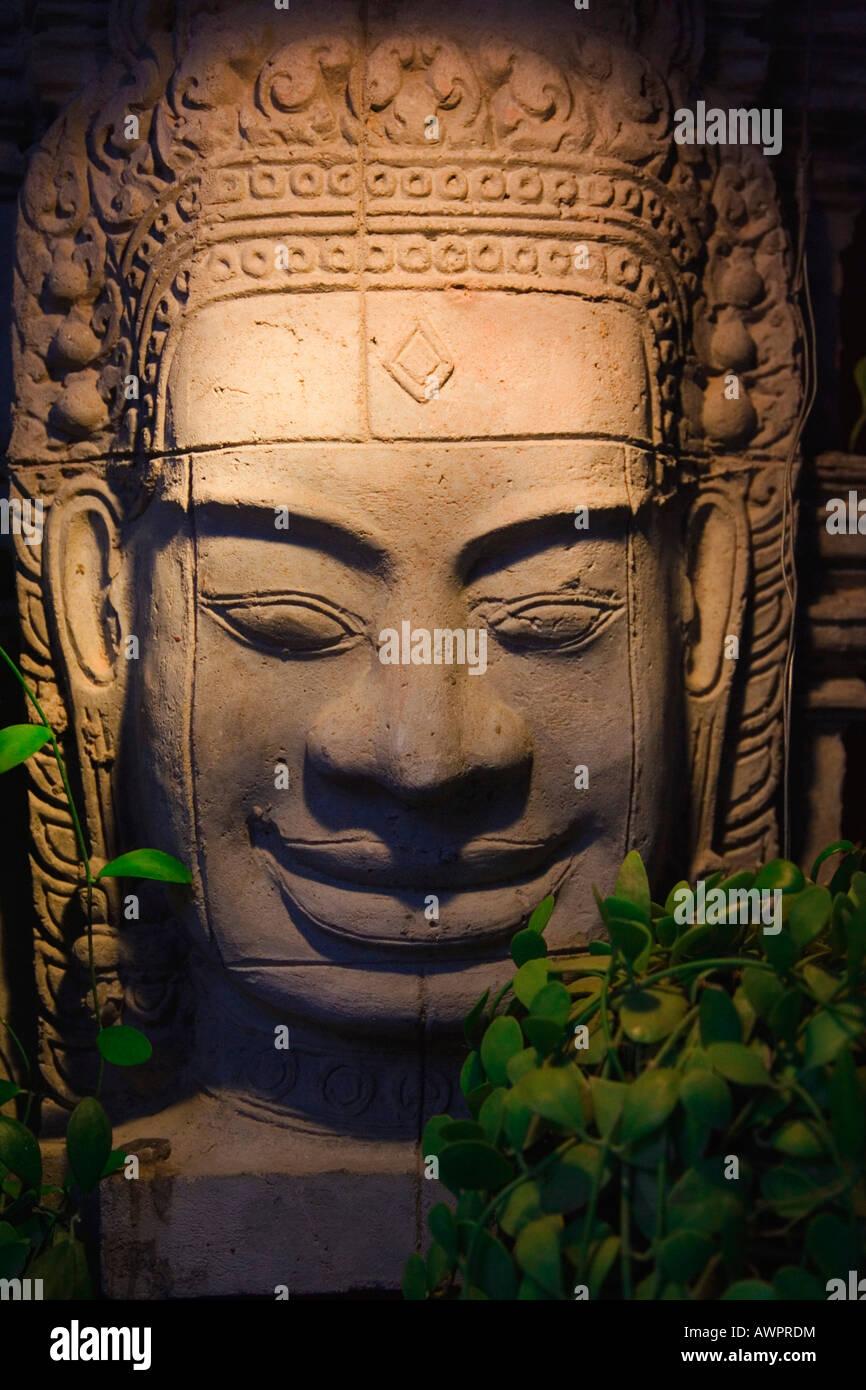 Estatua en un templo, Camboya, Asia Imagen De Stock