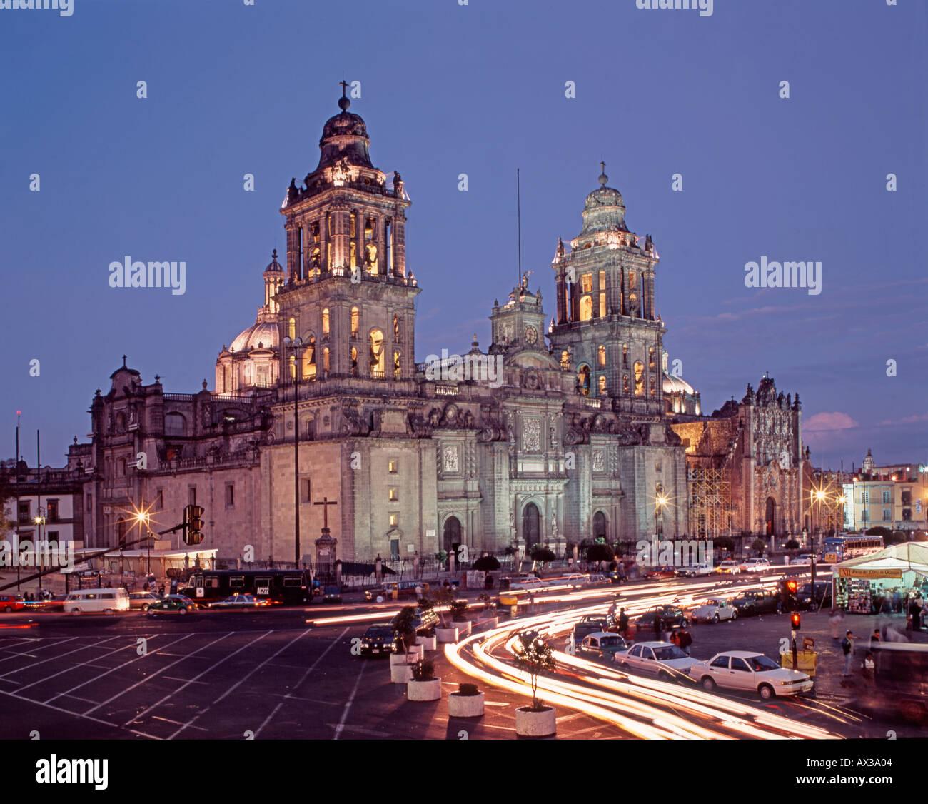 Ciudad De México La Plaza Zócalo Y La Catedral En La Ciudad