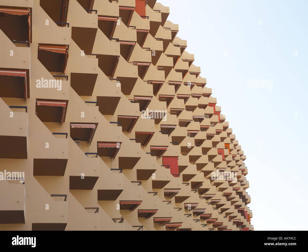 Filas de las terrazas de los apartamentos Imagen De Stock
