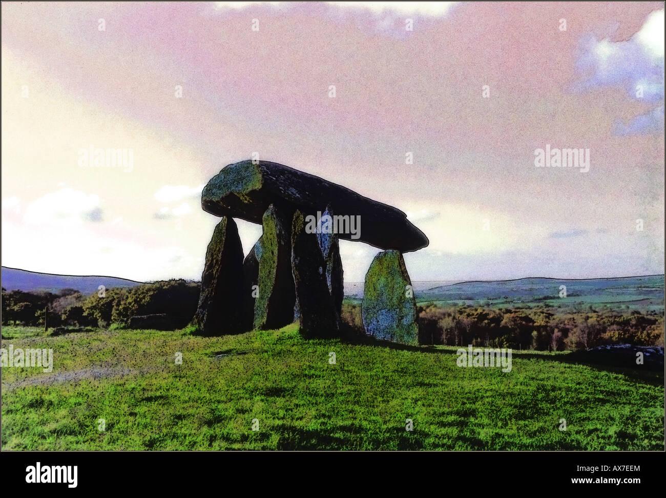 Pentre Ifan sitio megalítico cerca de Nevern Norte de Pembrokeshire (Gales). Vista general de formato horizontal Foto de stock