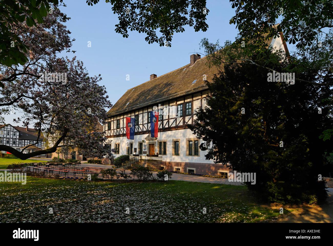 En Bodenwerder el Weser, cerca de Holzminden Baja Sajonia Alemania castillo de Muenchhausen Hieronymus Carl Friedrich Freiherr von Foto de stock