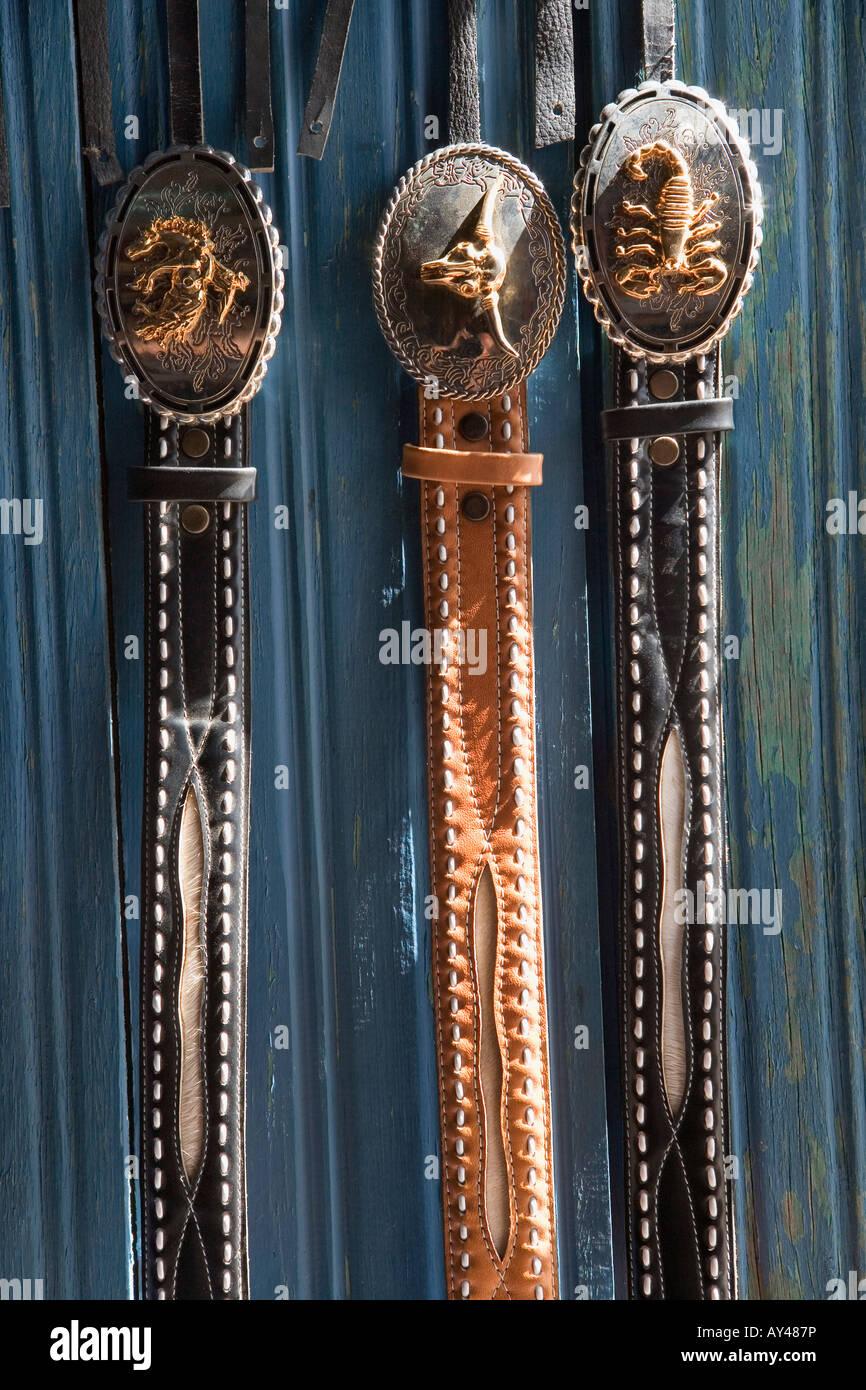 3cf0f6522 Cinturones de cuero artesanales Estelí, Nicaragua Foto & Imagen De ...