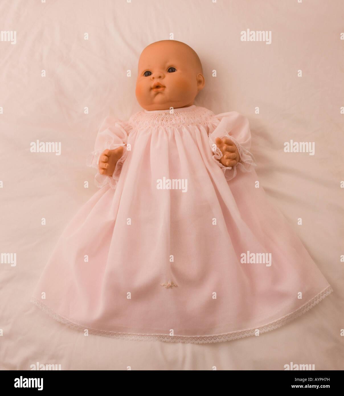 Lifelike Baby Doll Imágenes De Stock & Lifelike Baby Doll Fotos De ...