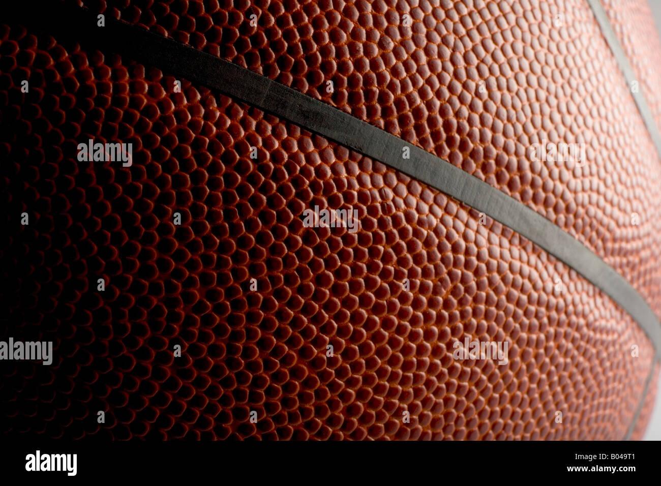 Cerca de un balón de baloncesto Foto de stock