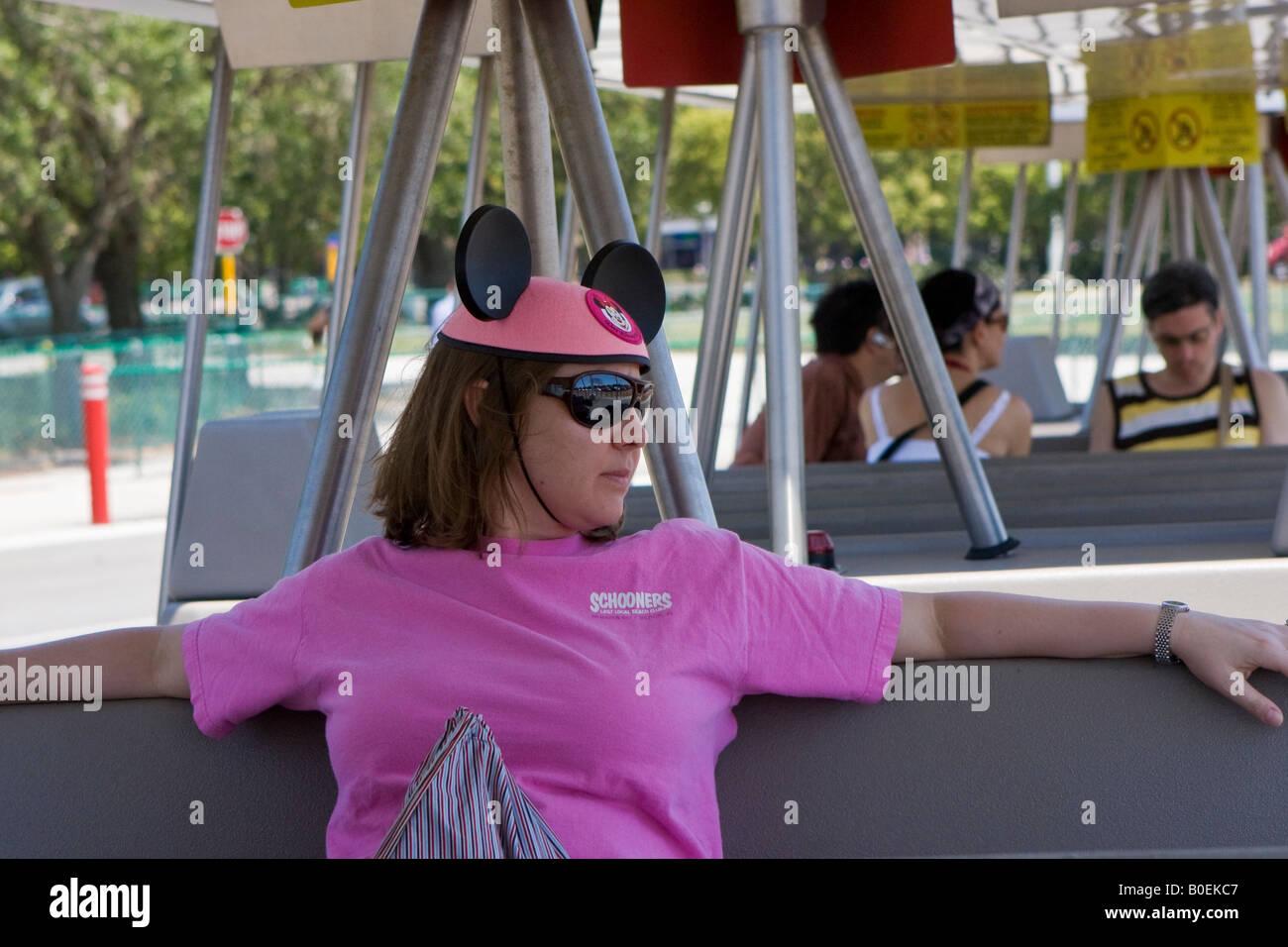 Mickey Mouse Ears Imágenes De Stock & Mickey Mouse Ears Fotos De ...