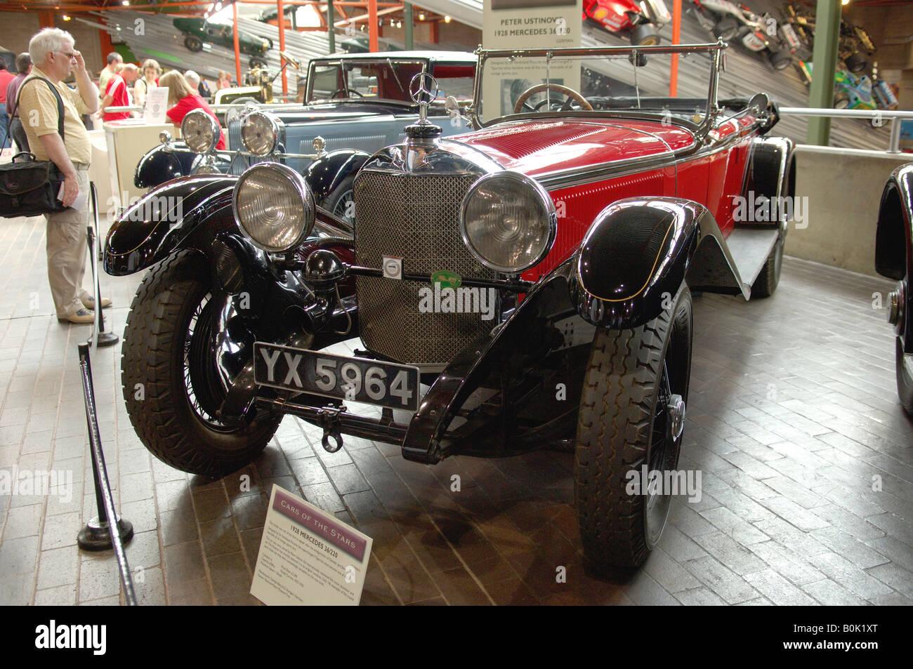 Beaulieu, New Forest, Hampshire, SO42 7ZN, Brockenhurst, Inglaterra, Reino Unido, para coleccionistas, estrella autos, NMM Trust, Conducción, conductor, Foto de stock