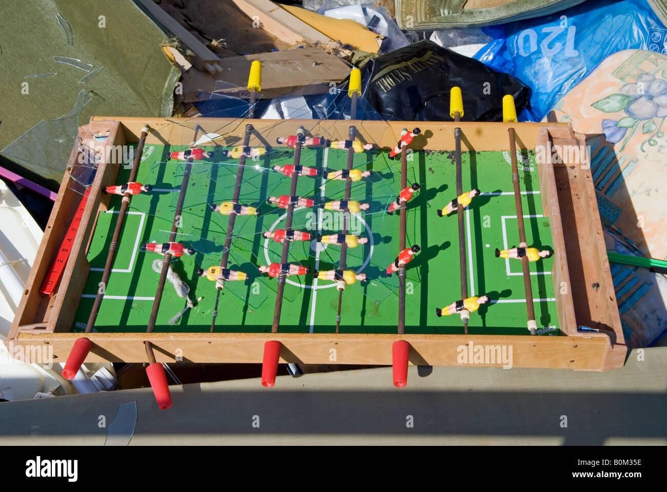 El Juego De Futbol De Mesa En Un Salto En Un Hogar En El Centro De