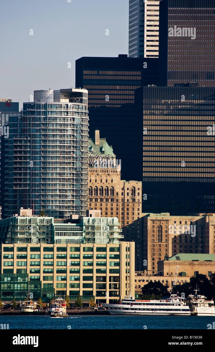 Vista del centro de Toronto, del centro de la isla, el Parque de las Islas de Toronto, Toronto, Ontario, Canadá. Foto de stock