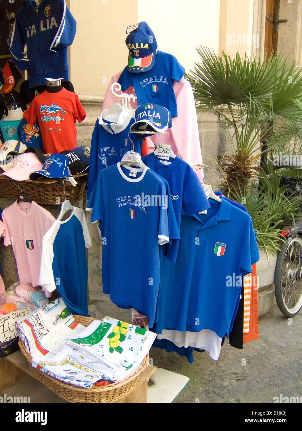 58e03d7a82955 Camisetas de fútbol italiano en venta en Sorrento
