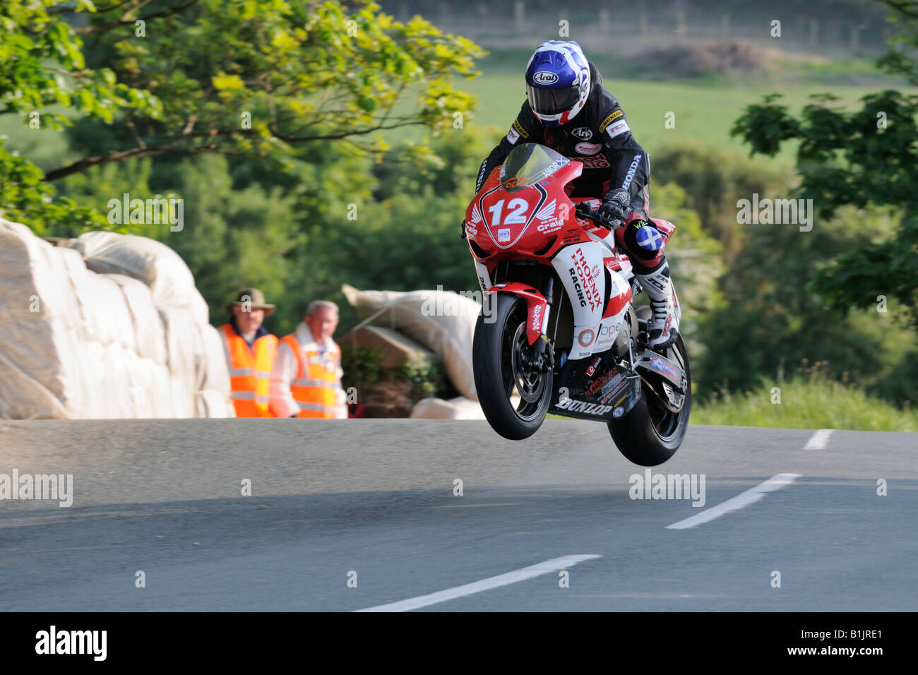 Keith Amor salta Ballaugh Bridge TT2008 Imagen De Stock