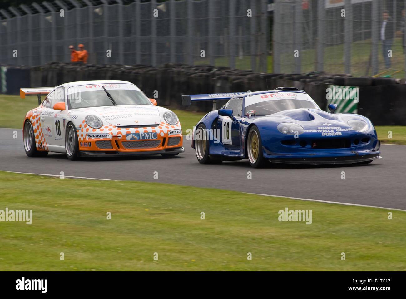 Marcos Mantis y Porsche 997 GT3 de carreras de coches deportivos ...