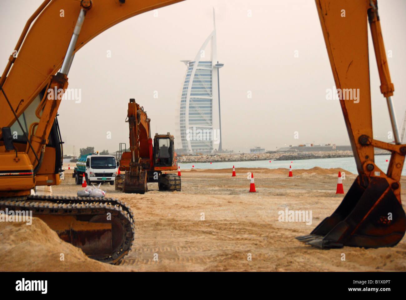 Bulldozer Dubai Imágenes De Stock & Bulldozer Dubai Fotos De Stock ...
